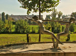 "Skulptura ""Zdenac mladosti"" Tomislava Ostoje iz 1976."