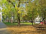 Očuvani slobodni prostor parka ispred starog Samoborskog kolodvora [VR 2013.]