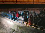 """Sudionici """"Predbožićne trešnjevačke dijagonale"""" 22.12.2013. kod prolaza ispod Zagrebačke avenije [GP 2013.]"""