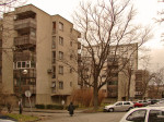Grupa zgrada s drvenim oblogama balkona u Srednjacima [GP 2013.]