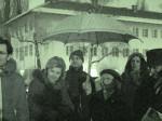 """Okupljeni štovatelji prilikom otkrivanja obilježja """"Ugla Fedora Kritovca"""" u Parku Stara Trešnjevka [GP 2013.]"""