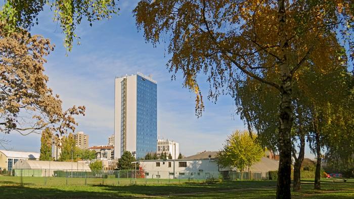 Trešnjevka iz ptičje perspektive (7): Hotel Panorama