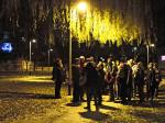 """Sudionici šetnje """"pod vrbama"""" u parku u Staglišću [GP 2015.]"""