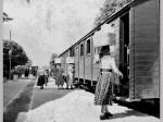 Samoborke nose robu na zagrebačku tržnicu; Snimljeno na željezničkoj stanici Samobor; Preneseno s Foruma Kluba ljubitelja željeznica