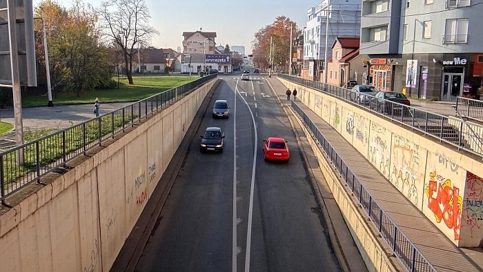 Podvožnjak Zagrebačke ceste ispod željezničke pruge
