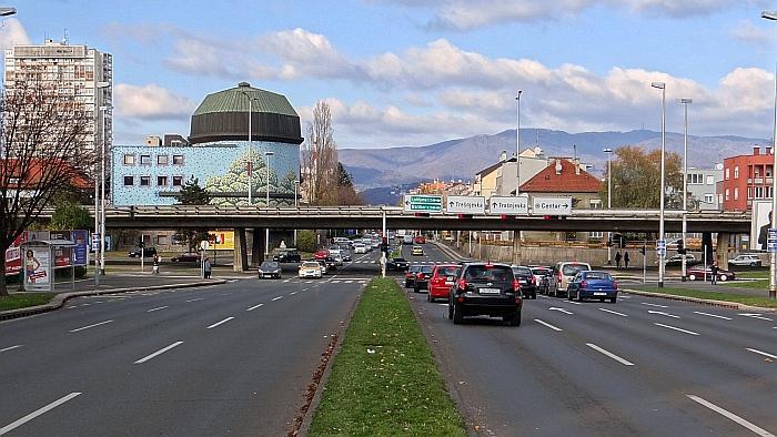 Nadvožnjak Zagrebačke avenije preko Selske ceste