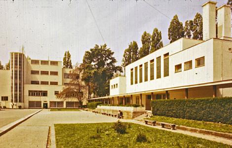 Osnovne škole između dva rata