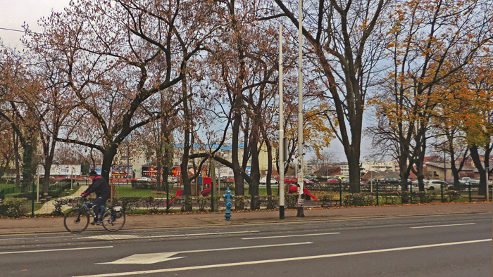 Park Zvonimira Milčeca na Trešnjevačkom trgu