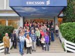 Sudionici šetnje po Naselju Prve hrvatske štedionice pred ulazom u tvrtku Ericsson Nikola Tesla [MS 2015.]