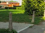 """""""Klasične"""" (armirano) betonske cestovne prepreke u Ribničkoj ulici [GP 2015.]"""
