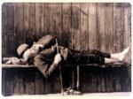 Spavač na klupi Gradskog kupališta [ZK - godina nepoznata]