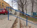 """Svjetleća """"instalacija"""" akcije """"IspeciPaReci"""" uz Park Stara Trešnjevka [VR 2018.]"""