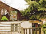 Derutna kućica iza plota... u Žumberačkoj ulici [GP 2019.]