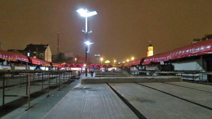 Tržnica Trešnjevka u zimsku večer [VR 2013.]