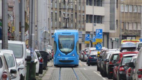 Prometna vreva u Tratinskoj ulici. [VR 2020.]
