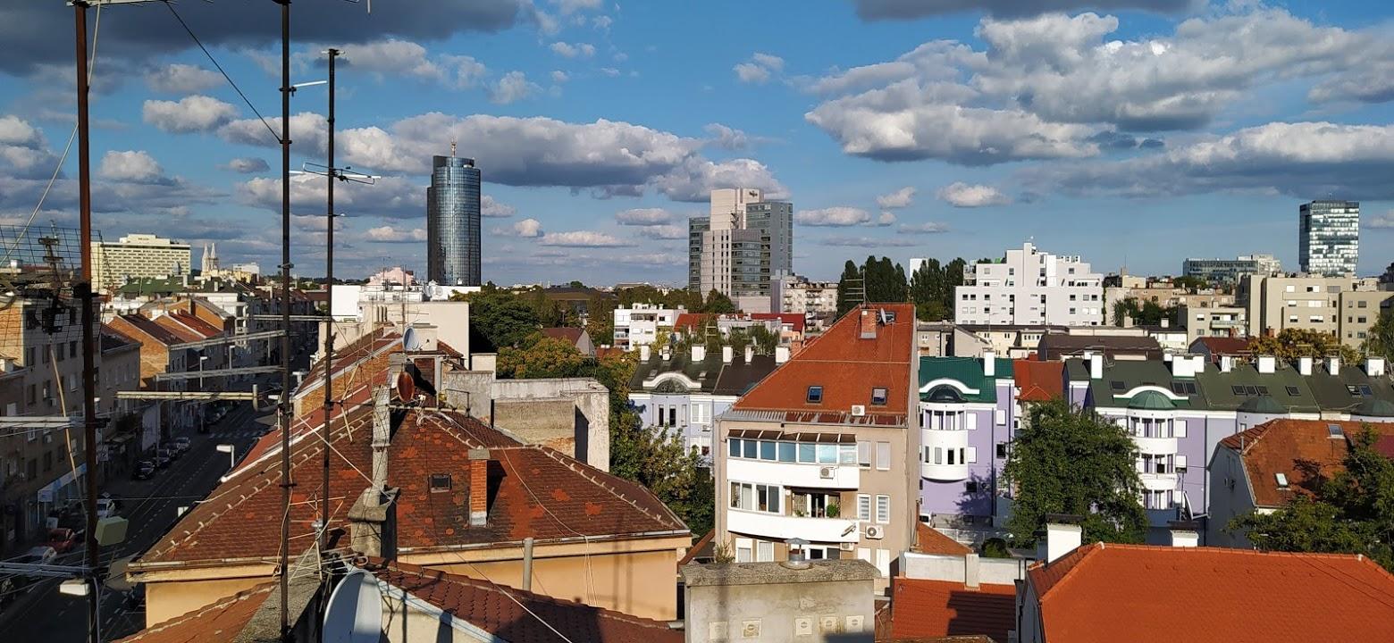 Pogled sa terase zgrade u Tratinskoj 69 [SM 2020.]