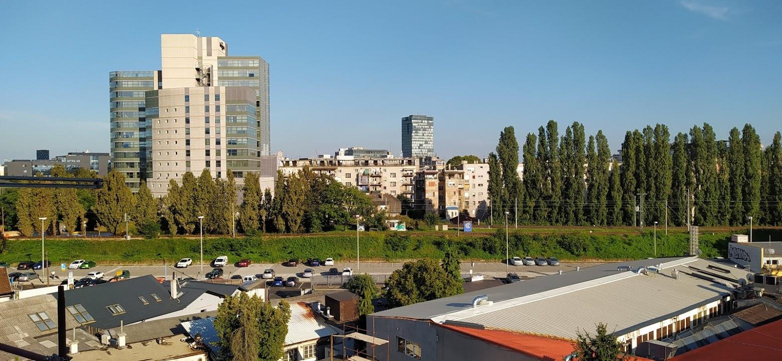 Pogled sa terase zgrade u Tratinskoj 31 [SM 2020.]
