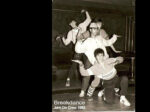 "Promotivna fotografija za breakdance skupinu ""Jam on crew"" [XX 1983.]"